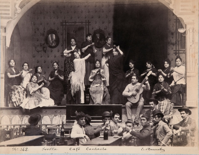 EMILIO_BEAUCHY,_Café_cantante,_hacia_1885,_copia_a_la_albúmina wikimedia